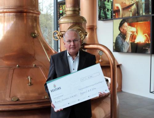 Veltins spendet dem BVAG 20.000 Euro für Alphabetisierung und Grundbildung Erwachsener